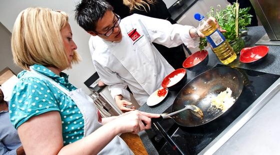 3843082997-chinese-market-tour-and-cooking-class
