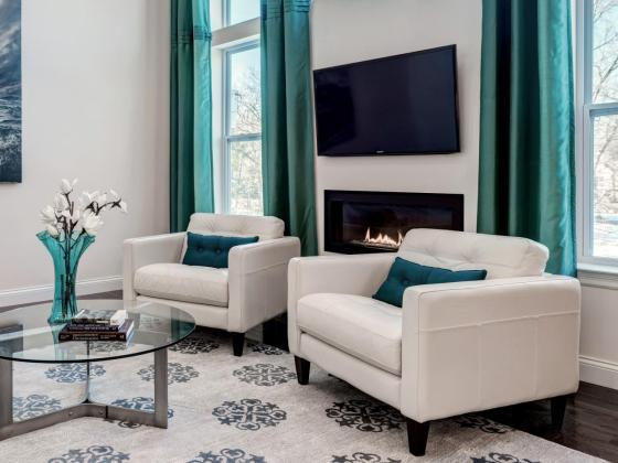 DP_S-and-K-Interiors-gray-contemporary-living-room-turquoise_h.jpg.rend.hgtvcom.1280.960